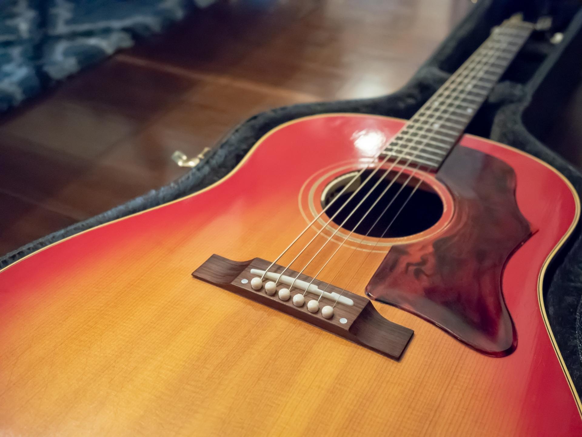 ギブソンのアコースティックギターが高価買取の理由