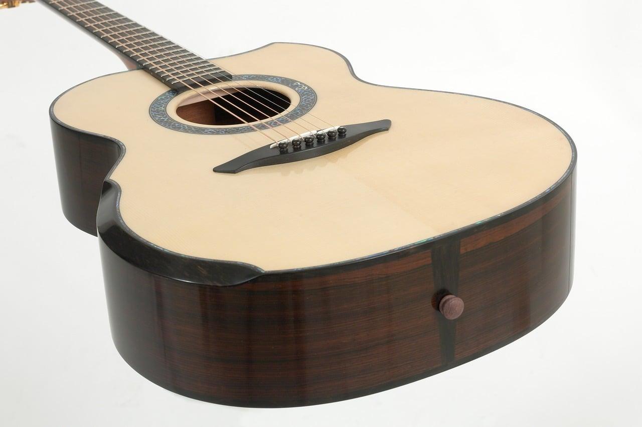 アコースティックギターの処分