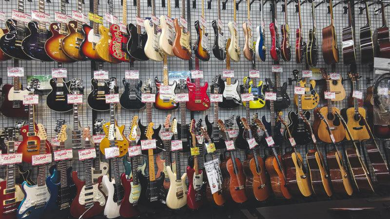 かなで屋で買取可能な弦楽器